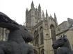 Bath Abbey en Sophie Ryder's sculptures